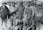 Майор А.Н. Усачёв вместе с руководством батальона перед десантированием для выполнения операции по ликвидации одного из бандформирований. Афганистан. 1984 г.